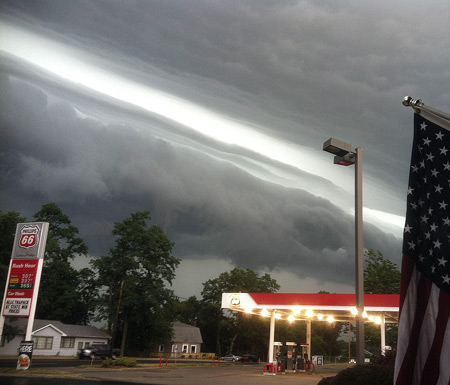 The shelf cloud on the leading edge of June 29th's derecho in LaPorte, Indiana