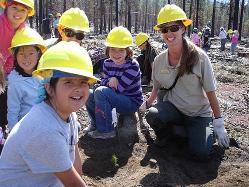 Lake Tahoe magnet school students plant seedlings with USFS