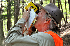 Robert Leverett uses the LTI TruPulse 200 laser range finder.