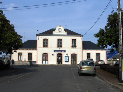 The train station of Évron, France