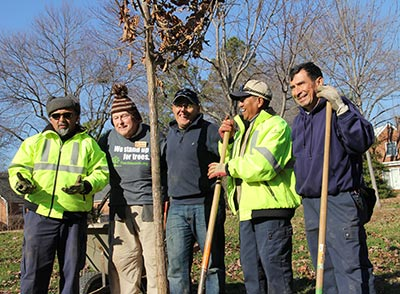 Volunteers joined American Forests, the Arlington Department of Parks and Recreation and the Arlington Tree Stewards to plant trees along Arlington, Va.'s Bluemont Junction Trail. Photo: Megan Higgs/American Forests