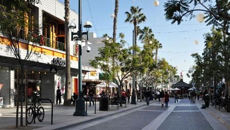 3rd Street promenade, Santa Monica, Calif.