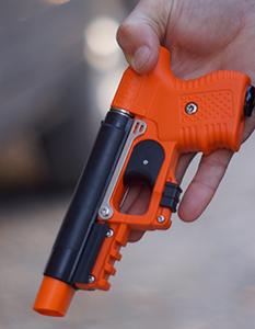 A pepper foam gun