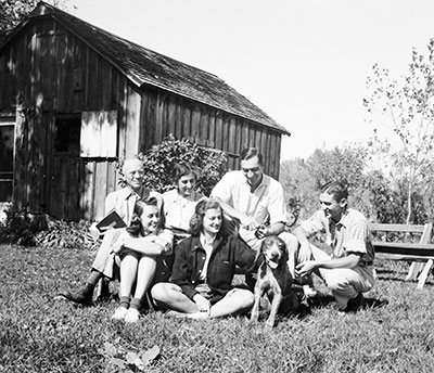 Aldo and Starker Leopold with family at the shack.