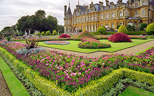 Early rural cemeteries were largely inspired by the Victorian style gardens of Europe, such as Waddesdon Manor Gardens in Buckinghamshire in the United Kingdom