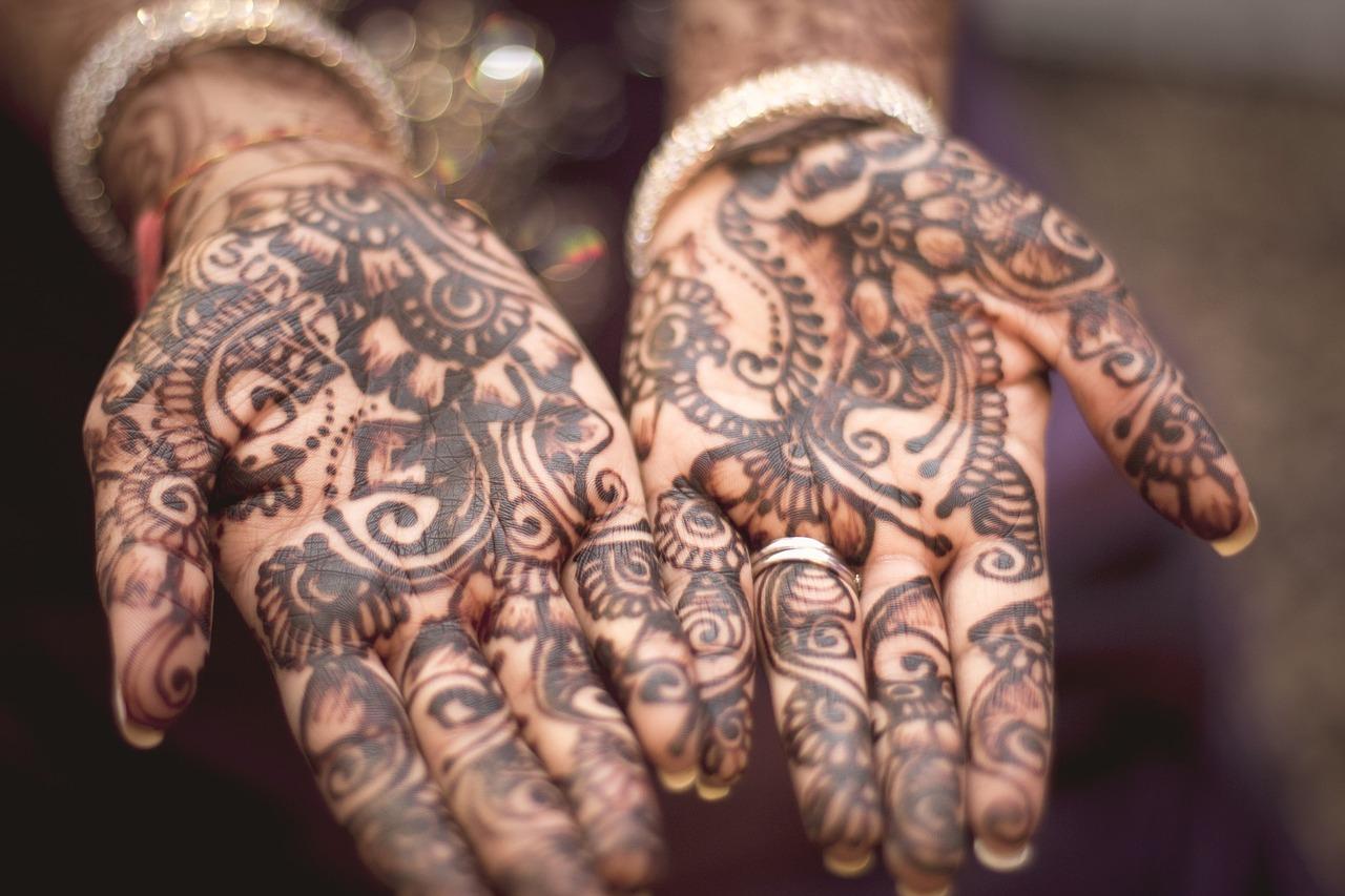 Henna tattoo.