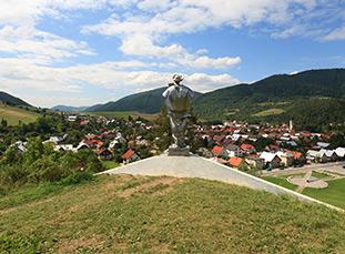Juraj Janosik statue