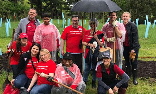 group of bank of america volunteers