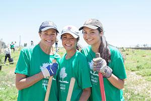 employee tree planting volunteers