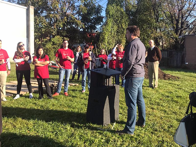 ian leahy addressing bank of america volunteers in baltimore